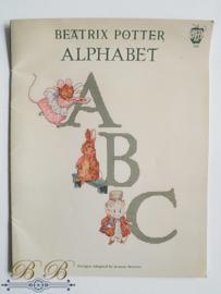 Beatrix Potter alfabet borduurpatronen