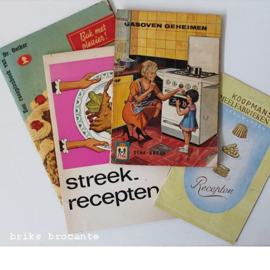 4 oude receptenboekjes