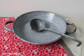 emaille laag pannetje - grijs gewolkt