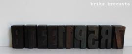 drukletter hout 5