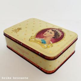 blik / koektrommel Queen Elizabeth II