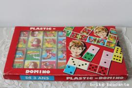 plastic domino