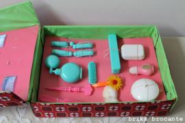 koffertje met verzorgingsspulletjes