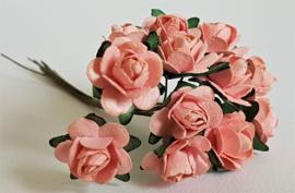 Paper Rose 2 cm - Roze (set 12 stuks)