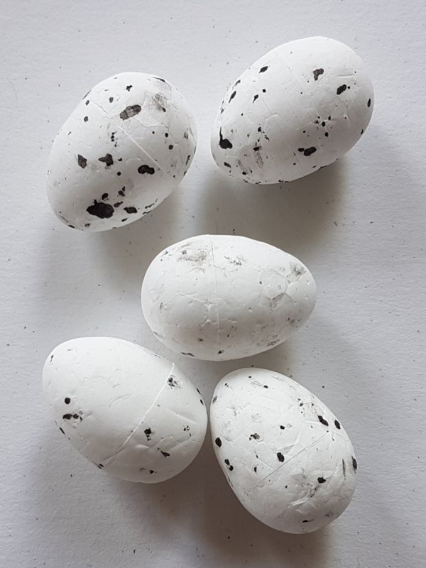 Paaseitjes van foam - Wit (2 stuks)