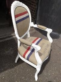 Post stoel van sanne