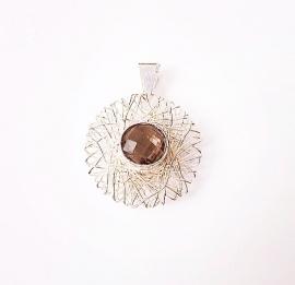 Zilveren draadhanger met rookkwarts edelsteen