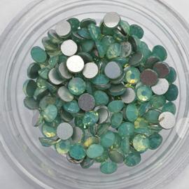 Kristallen GREEN OPAL