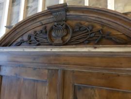 Antiek landelijk sober brocante kabinet, kuifkast, groot model