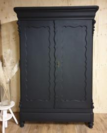 Antieke mahonie Biedermeier linnenkast / kledingkast Nocturnal zwart