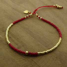 Basic Pepper red // Gold