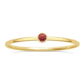 Red stone ring // Goldfilled