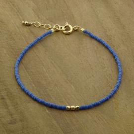 Minimalist // Blue Gold