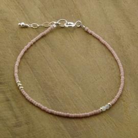Simplicity bracelet // Soft Rose Silver