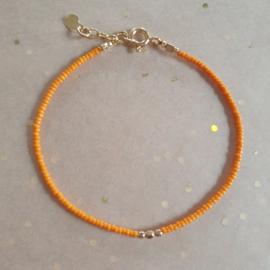 Minimalist // Orange Gold