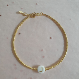 Initial White // Gold