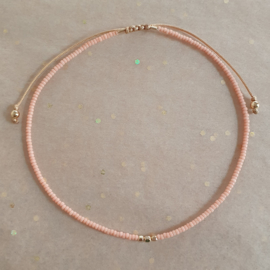 Enkelbandje Minimalist // Light peach gold