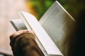 Aarzelende lezers laten lezen