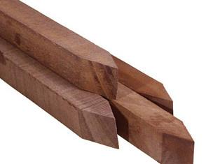 Hardhouten paal ruw 70x70 mm. lengte 250 cm.