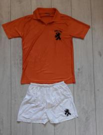 Replica Oranje / Nederlands elftal thuistenue (Kuyt, 7) (Maat 176)