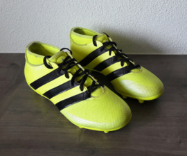 Voetbalschoenen Adidas (maat 44 2/3)