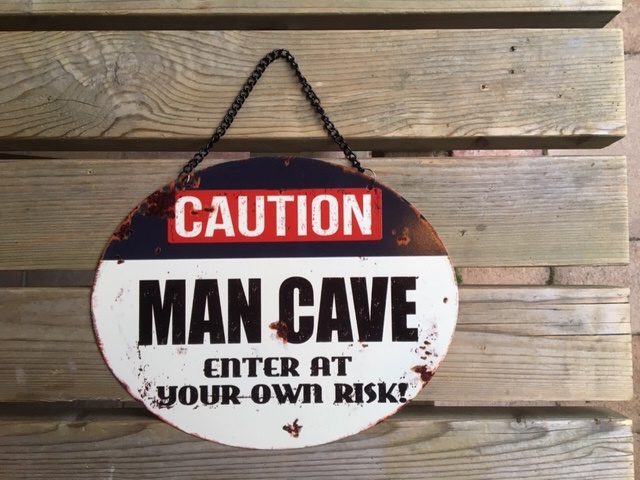Tekstbord Caution Man Cave (ovaal)