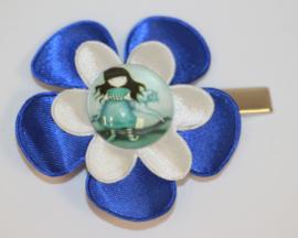 Haarclip bloem blauw/wit met meisje