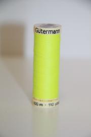 Gutermann naaigaren 100m, kleur: neongeel