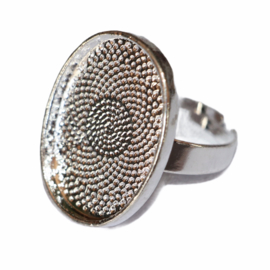 Ring 18mm verstelbaar zilver kleur, setting 18x25 mm