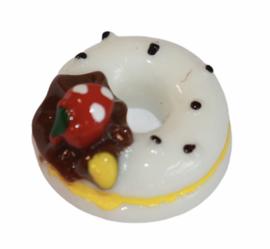Flatback donut wit met aardbei 17 x 17 mm