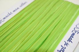 Elastisch paspelband glans/mat limegroen per meter