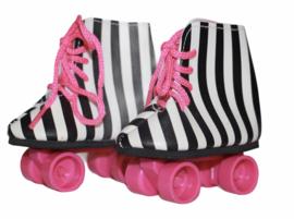 Rolschaatsjes zwart-wit-roze voor babyborn