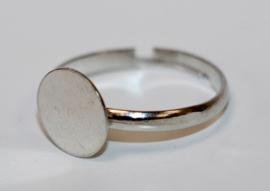Verstelbare kinderring ca 14 mm zilverkleur met plakvlak 8 mm