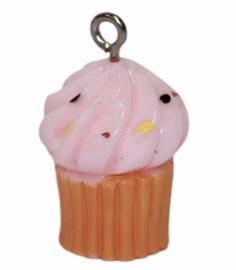 Hanger cupcake roze 26 x 15 mm