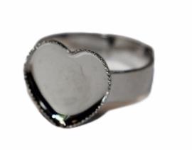 (Kinder) ring verstelbaar dia ca. 16mm RVS kleur, hartjes setting 12mm
