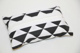 Zakdoekhoesje zwart wit driehoekjes