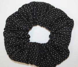 Scrunchie zwart-wit stipje plissé