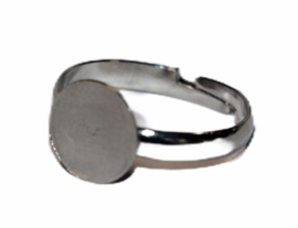 Verstelbare ring ca 17 mm diameter met plakvlak 10 mm zilverkleur