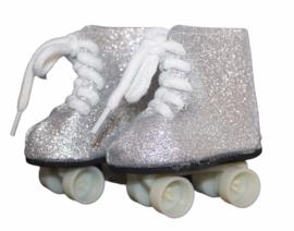 Rolschaatsjes zilver-wit voor babyborn