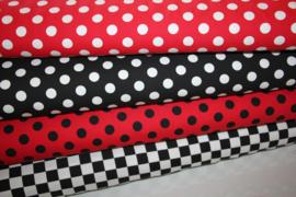 Tricot: DOT RED BLACK 15mm, per 25 cm