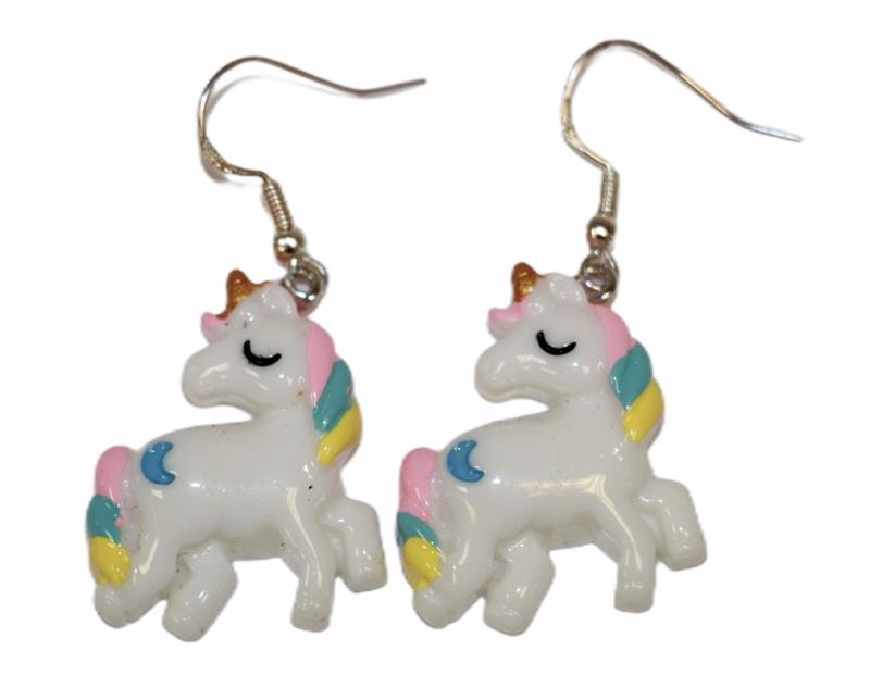 Oorbelletjes zilveren hanger met unicorn