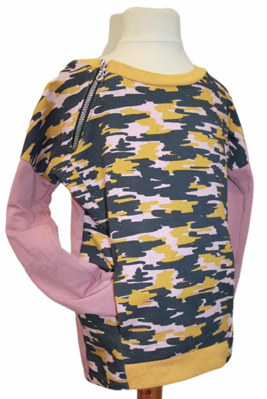 Sweater army maat 134