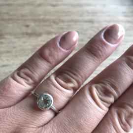Zilveren ring met prasioliet