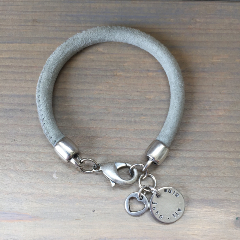 Family coin leather bracelet