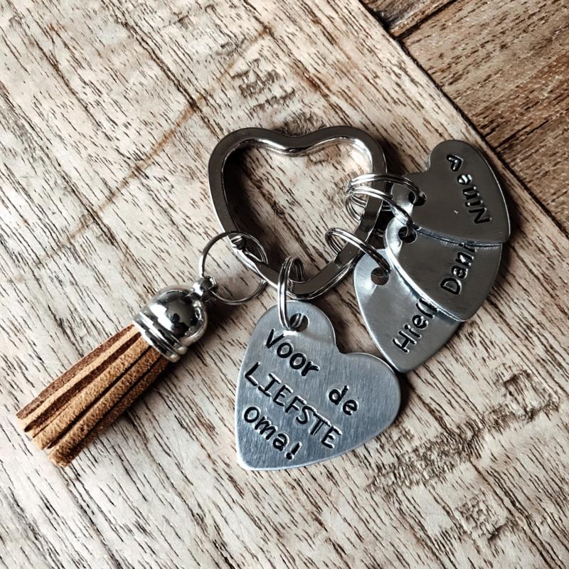 Sleutelhanger voor de liefste mama   hartje XL + naam hartje