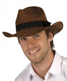 Harrison Ford hoed