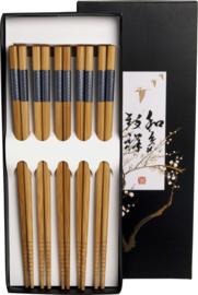 Eetstokjes bamboe gelakte Japanse patronen
