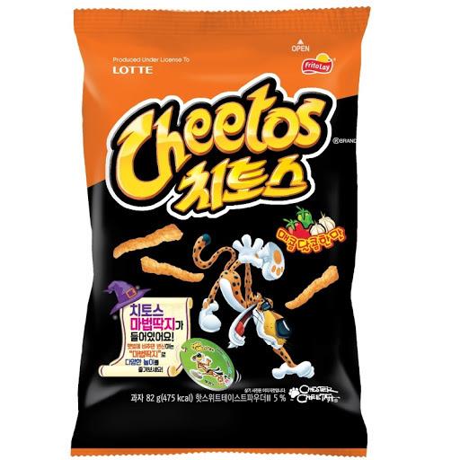 Lotte Cheetos Korean Hot & Sweet flavour  82g
