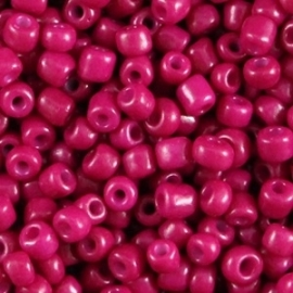 Rocailles Dark Fuchsia per 10 gram
