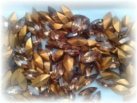 Swarovski 4200/2 Navette Light Smoked Topaz 15x7mm